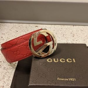 Other - ✌🏼WOW Authentic Men Gucci Belt Red Guccisima